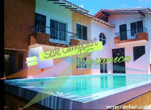 Alquiler de hermosa casa con piscina para eventos en cabudare for Alquiler casa con piscina